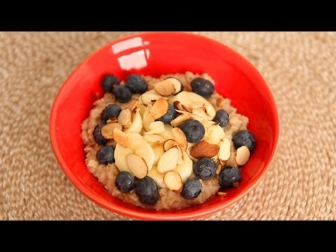 lauras-favorite-quick-oatmeal-breakfast-recipe-laura-vitale-laura-in-the-kitchen-episode-520.html