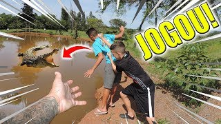 BOLIVIA JOGOU O ALADDIN NO LAGO DO JACARÉ ASSASSIN0!