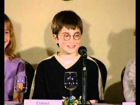 Young Daniel Radcliffe on getting the Harry Potter role - YouTube Ronweasley