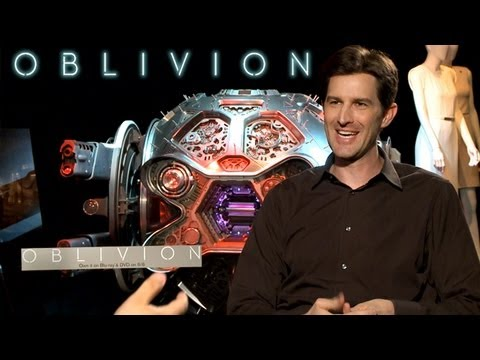 "OBLIVION: Director Joe Kosinski On ""Daylight Sci-Fi"""