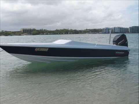 2 stroke mercury outboard