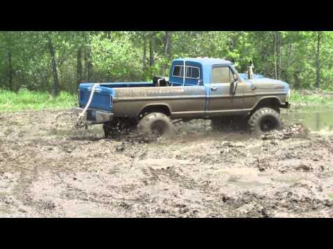 Old Blue Ford Mudding At Waternam Mud Bog