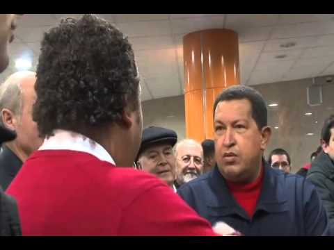 "Hugo Chávez canta ""Lucerito de mi llano"" con Gerardo Estrada: ""Nos falta práctica"""