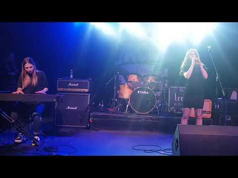 ÌRISZ  Rocksuli koncert