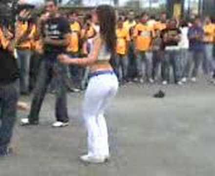 Edecan Telcel Tigres vs. Pumas