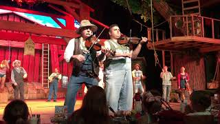 Hatfields and McCoys Dinner Show Pigeon Forge 2018