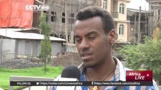 Ethiopian mourns 200 villagers' deaths
