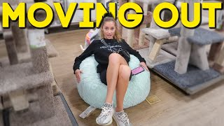 IM MOVING BACK! Come COLLEGE Apartment Shopping With Me!