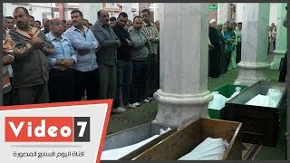 """خروج جثمان معالى زايد من مسجد السيدة نفيسة لمثواه الأخير بـ""""مقابر الإمام الشافعى"""""""