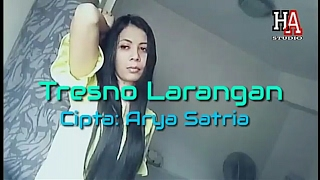 download lagu Tresno Larangan Cipta:arya Satria gratis