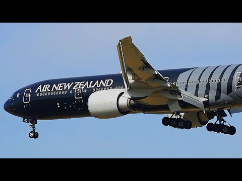 ALL BLACKS LIVERY - Air New Zealand 777-300ER - Landing at Melbourne Airport [ZK-OKQ]