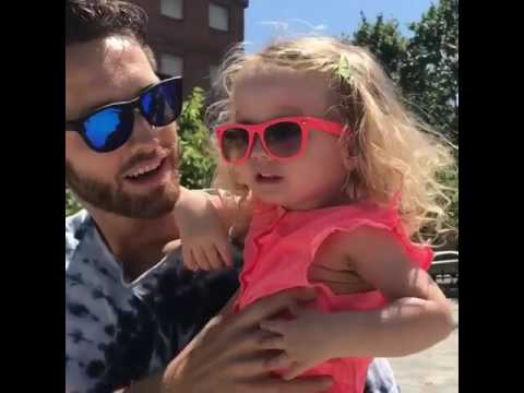 Fatherly love from @shaunhover 👨‍👧🎥: @jess_hover 😍 | Shralpin Skateboarding