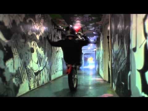 Skuff TV Action Sports and Carnage – Crazy French man putting his life on the line