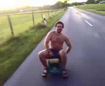Fahrende Bierkiste in Kaufbeuren beer scooter