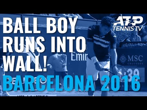 2016 Barcelona Open BancSabadell: Tennis ball boy collision with wall