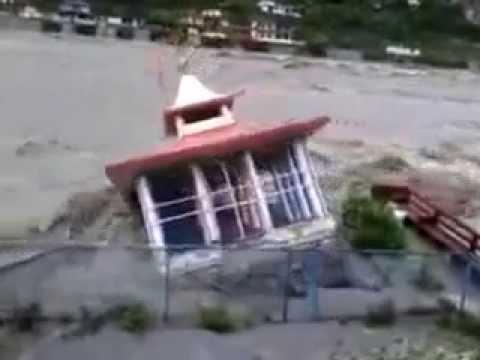 Shiv Temple Uttarkashi) washed away in fatal Uttarakhand Flood 2013   Latest Clip June 2013