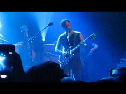 Modest Mouse - Shit In Your Cut (new song) - Fox Theater Pomona CA. - 4/16/13