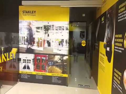 Puerta autom tica stanley security showroom panam for Pm stanley motor cars