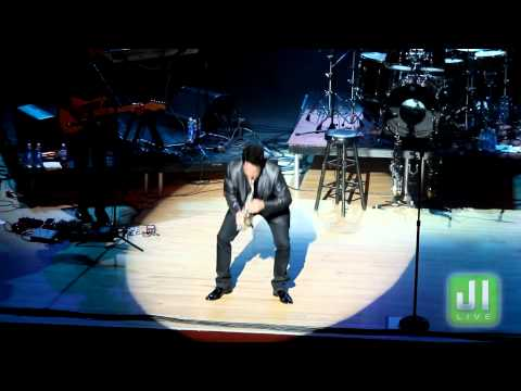 """FRIDAYS AT SUNSET - DAVE KOZ """"LOVE IS ON THE WAY"""" LIVE AT CENTERSTAGE"""