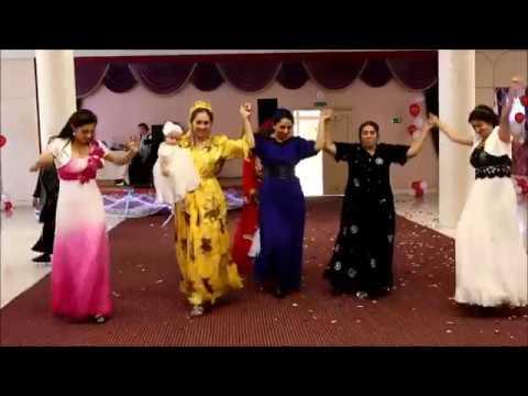 Stream gypsy wedding