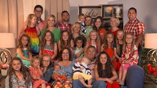 26 People In One House?! Meet The Putmans!