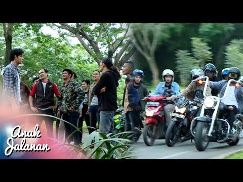 Rocky Menghajar Geng Motor Anarki Di Jalan [Anak Jalanan] [2 Des 2016]