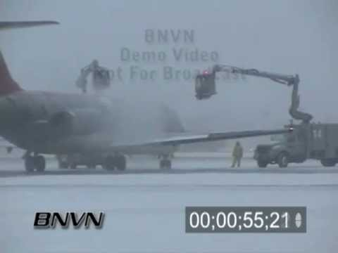 Winter storms and aviation de-icing video part 1