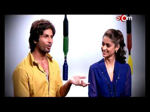 Shahid Kapoor & Ileana D'Cruz talk about their life | Phata Poster Nikhla Hero