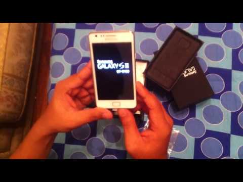 Samsung Galaxy S2 White Unboxing (comparison with black S2)