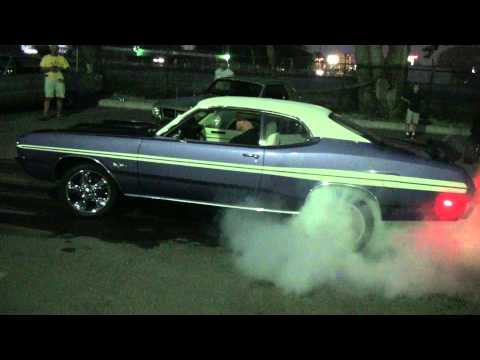 Sweet Hot Rod Muscle Car Burnouts HD