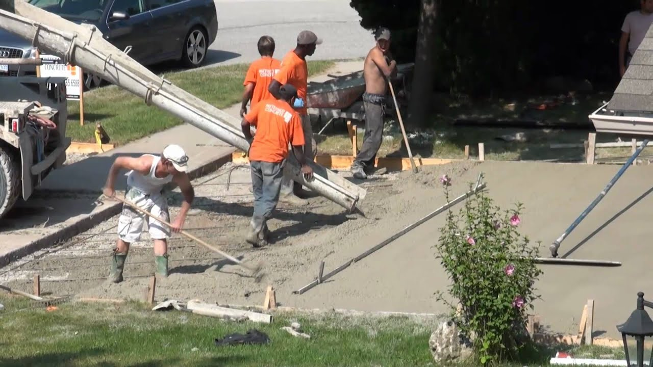 How They Build Concrete Driveways In North America Youtube