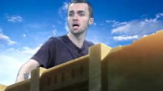 L'attaque du YouTubeur (Squeezie fond vert) (Version longue et hors concours)
