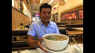 VND200,000 a bowl of pho, only dare to try only one