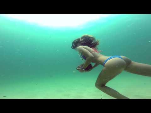 KALOEA Girl - Underwater Walking in a Kaloea Bikini
