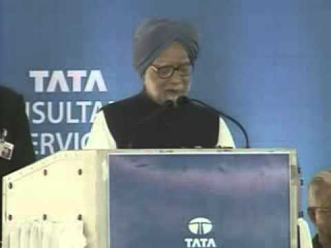 PM Manmohan Singh launches total E-literacy project in Kerala
