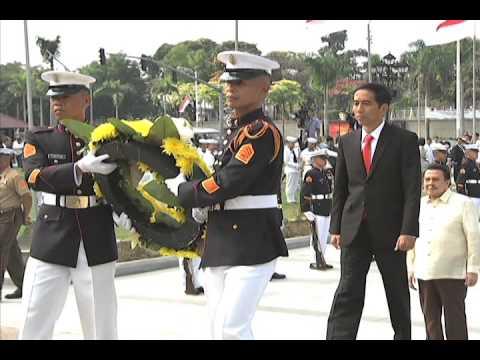 Indonesian President Joko Widodo - Wreath Laying Ceremony 2/9/2015