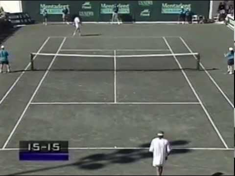 Bjorn Borg and Jimmy Conners in another 1994 Champions Tour final