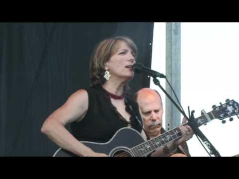Kathy Mattea - Love At The Five & Dime