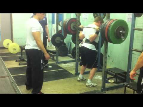 Rob Palmer Raw Powerlifting Squats and Bench Image 1