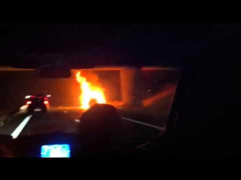 Une voiture explosé sur la A6