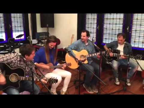 Un poco de sal -Juan el que canta- Martina Graf