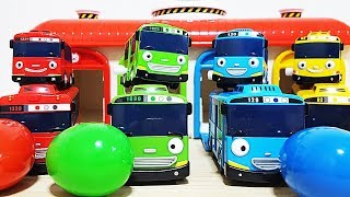 Tayo bus car Garage and Peppa pig surprise eggs toys play