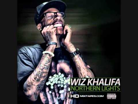 Roll Up- Wiz Khalifa Ft. Terrace Martin video
