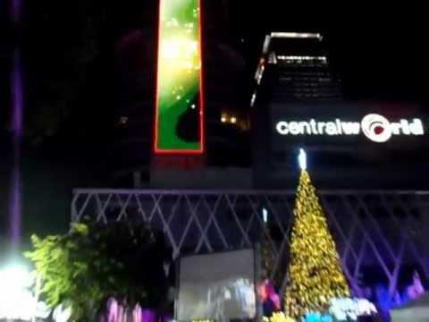Bangkok Countdowb at Central World 31.12.2012 – 01.01.2013 HAPPY NEW YEAR