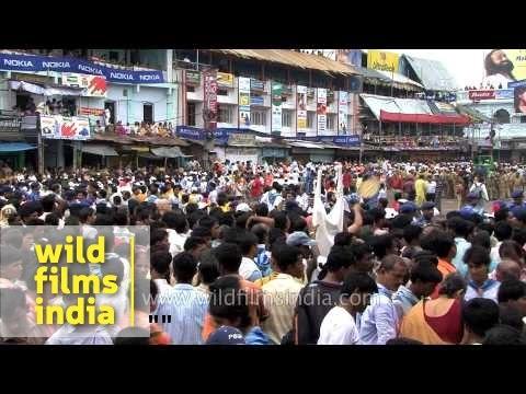 Endless pilgrims gather for Jagannath Rath Yatra - Odisha