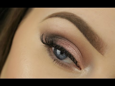 One Brush Smokey Eye for Beginners: Blending Brush