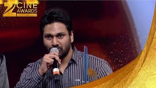 Zee Cine Awards 2014 Best PlayBack Male Singer Arjit Singh for Tum hi Ho