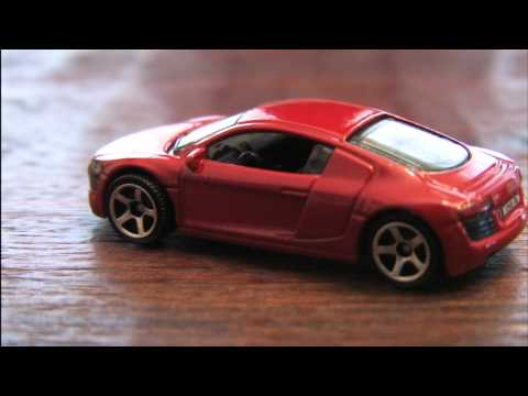 CGR Garage - AUDI R8 (2011) Matchbox Car review