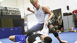 CHARLIZE THERON Fight Training for ATOMIC BLONDE (2017)