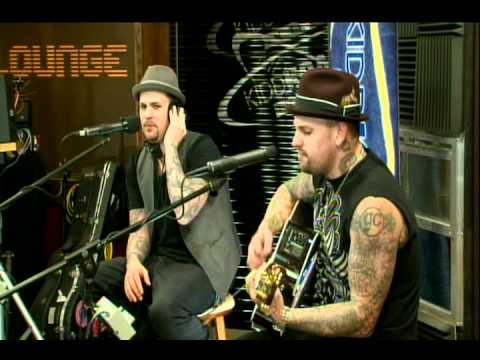 Good Charlotte - Like Its Her Birthday Live